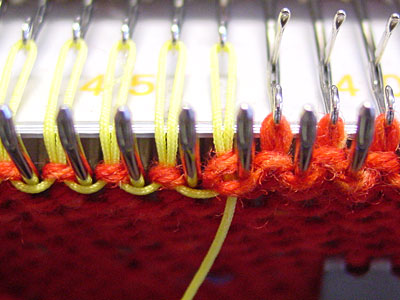 Faden vor der Masche, thread in front of stitch